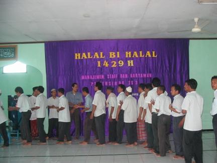 halal bi halal ta'mir masjid baitul muflikhin pt. tensindo
